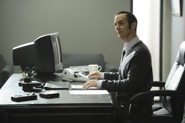American Horror Story: Denis O'Hare in un flashback dell'episodio Smoldering Children