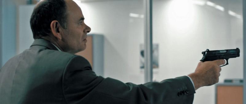 Jean-Pierre Darroussin in una drammatica scena tratta dal film De bon matin