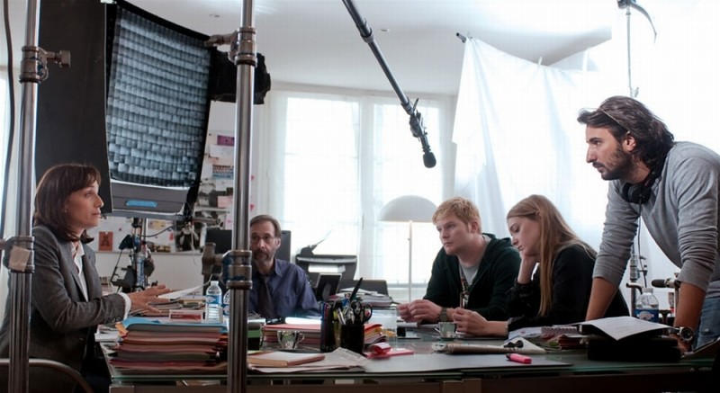 Kristin Scott Thomas sul set de La chiave di Sara insieme al regista Gilles Paquet-Brenner