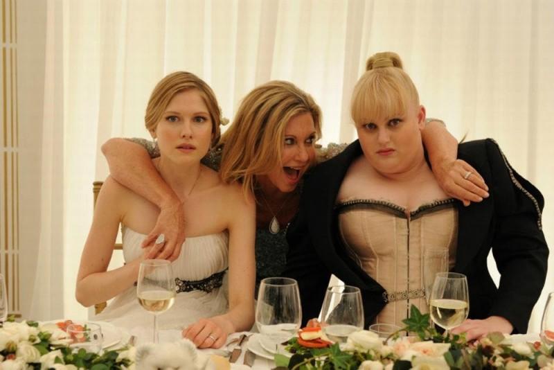 Laura Brent, Rebel Wilson e Olivia Newton-John in una scena di Tre uomini e una pecora