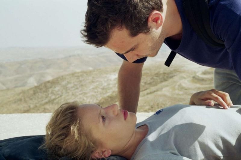 Michael Moshonov e Yaara Pelzig in una scena dell'action Policeman