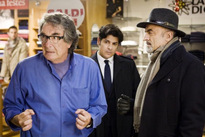 Il regista Neri Parenti sul set di Vacanze di Natale a Cortina insieme a Ivano Marescotti e Dario Bandiera