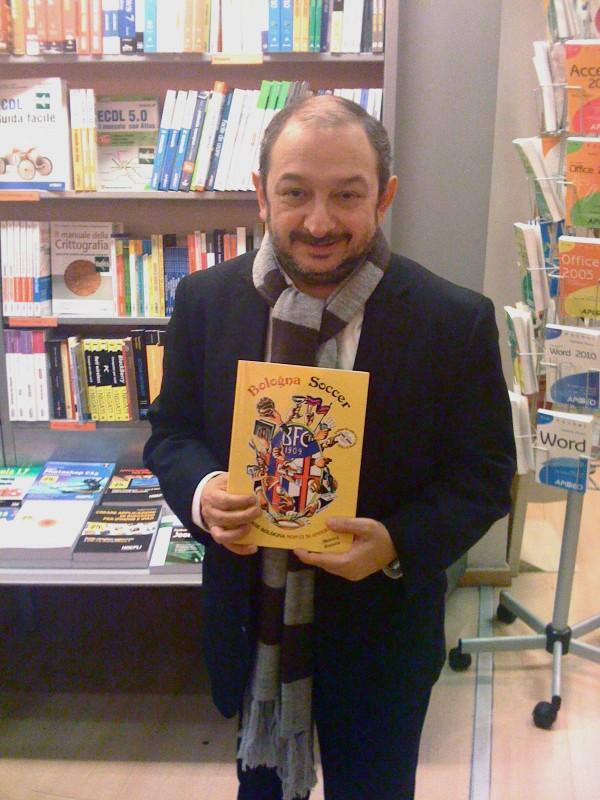 Orfeo Orlando presenta il libro Bologna Soccer scritto dai tifosi rossoblu