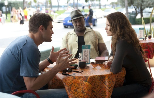 The Finder: Geoff Stults, Michael Clarke Duncan e Saffron Burrows nel pilot della serie