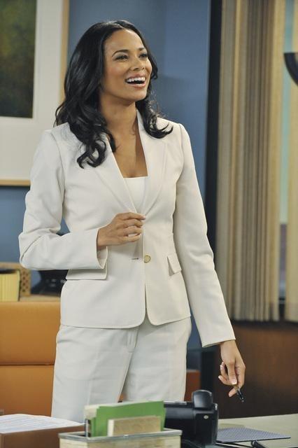Work It: Rochelle Aytes in una scena della serie