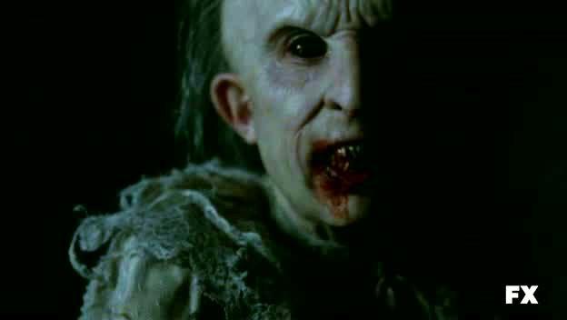 American Horror Story: il 'piccolo' e orrido Thaddeus appare nell'episodio Birth