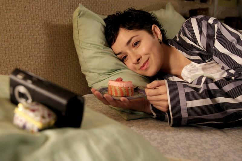 Il sentiero: la protagonista Zrinka Cvitesic in una dolcissima immagine del film