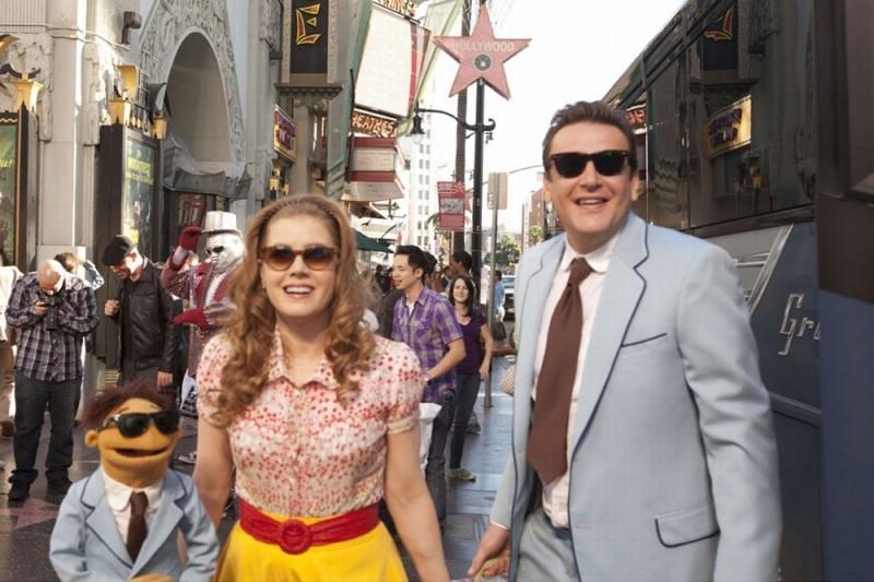I Muppet: Jason Segel e Amy Adams insieme a Walter sull'Hollywood Boulevard