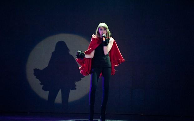 X-Factor 5: Nicole Tuzii canta Io non lascio traccia nella quinta puntata