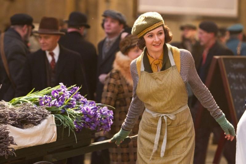 Hugo Cabret 3D: Emily Mortimer sorride in una scena del film