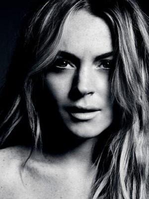 Lindsay Lohan: ritratto in bianco e nero