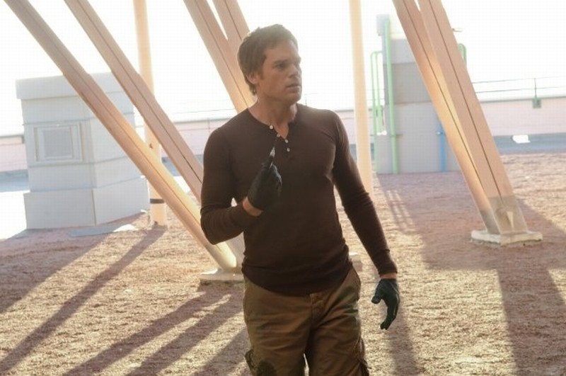 Michael C. Hall in una scena dell'episodio This is the Way the World Ends si prepara allo scontro finale