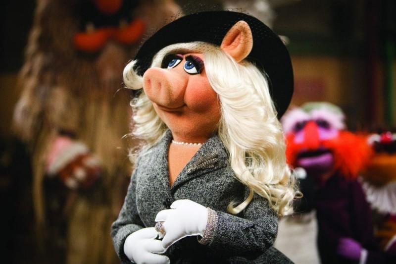 Miss Piggy in una scena tratta dal film I Muppet