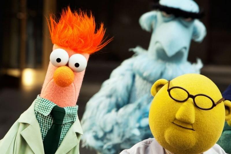I Muppet: Beaker insieme al Dr. Bunsen Honeydew in una scena del film