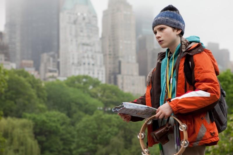 Il piccolo Thomas Horn a Central Park in una scena di Molto forte, incredibilmente vicino