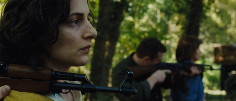 In the Land of Blood and Honey: Zana Marjanovic in una scena drammatica del film