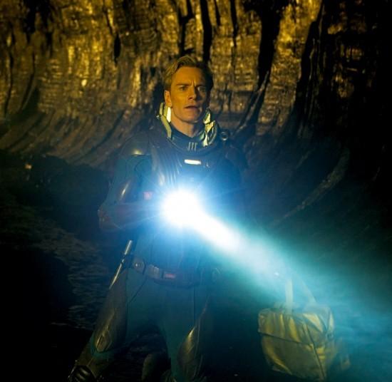 Michael Fassbender in una nuova misteriosa immagine di Prometheus