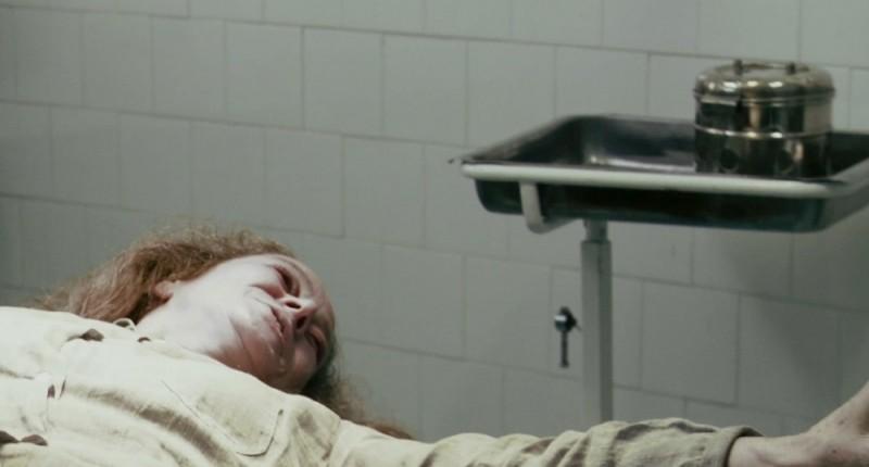 L'altra faccia del diavolo: Suzan Crowley in una drammatica immagine del film