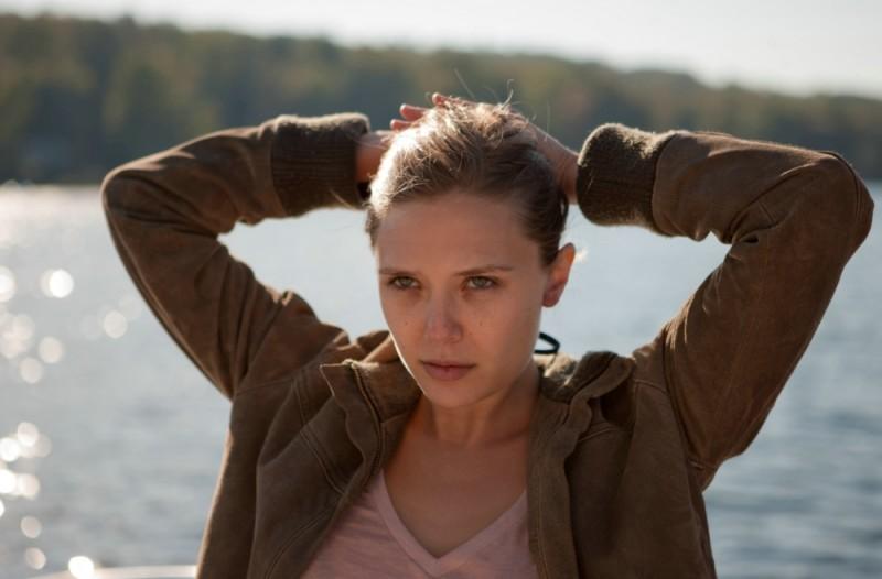 La fuga di Martha: la bellissima Elizabeth Olsen in una scena del film