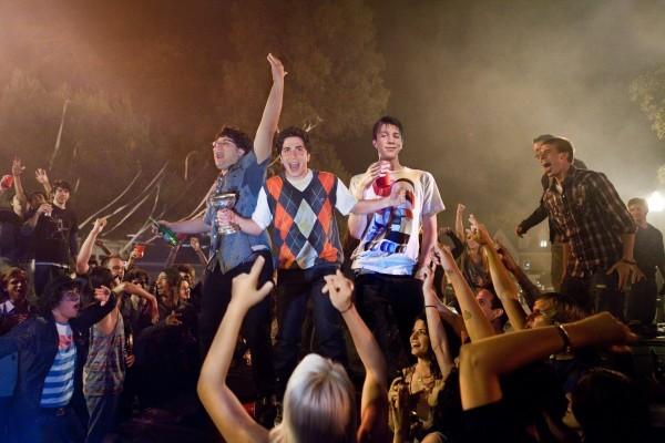 Project X: ecco i giovani protagonisti impegnati a fare festa nella scatenata commedia giovanilistica