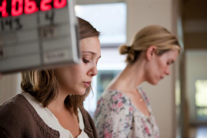 Sarah Paulson insieme a Elizabeth Olsen sul set del film drammatico La fuga di Martha