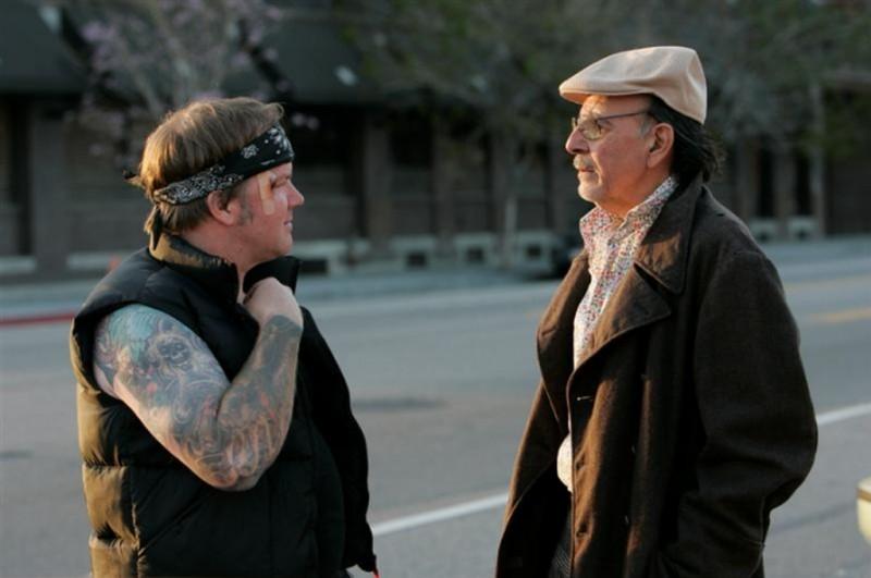 Dean Delray e Ugo Bianchi in una scena del film Noise Matters