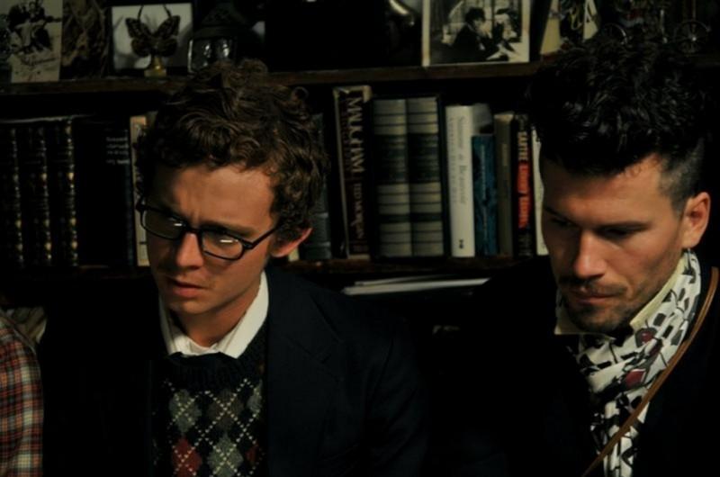 Joey Capone e Bret Roberts in una scena del film Noise Matters