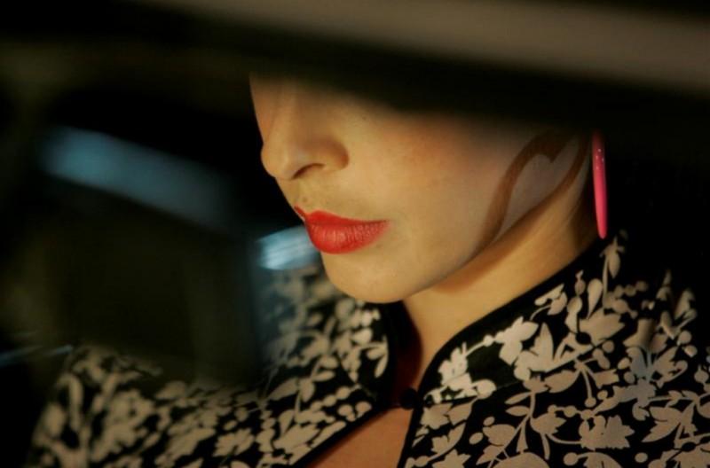 Pollyanna Mcintoch in una bella immagine tratta dal film Noise Matters