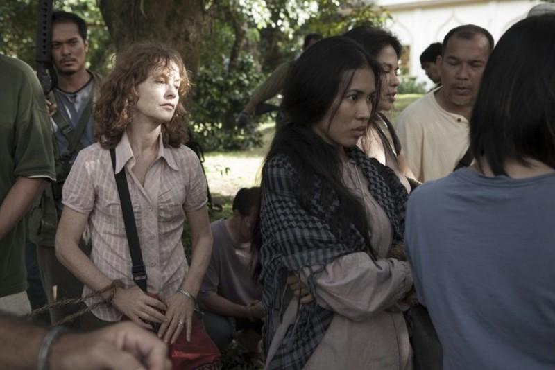 Captive: Isabelle Huppert in una scena del film diretto da Brillante Mendoza