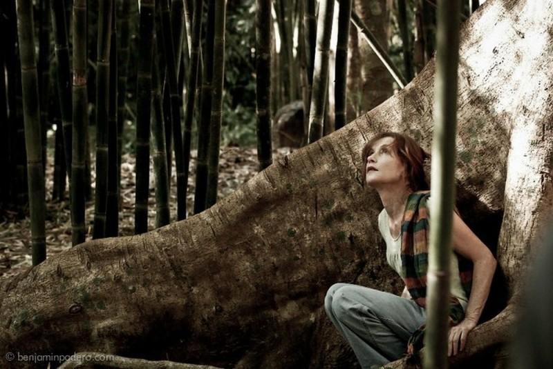 Captive: Isabelle Huppert in una scena tratta dal film diretto da Brillante Mendoza