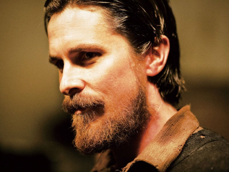 Christian Bale in un bel primo piano tratto dal film The Flowers of War