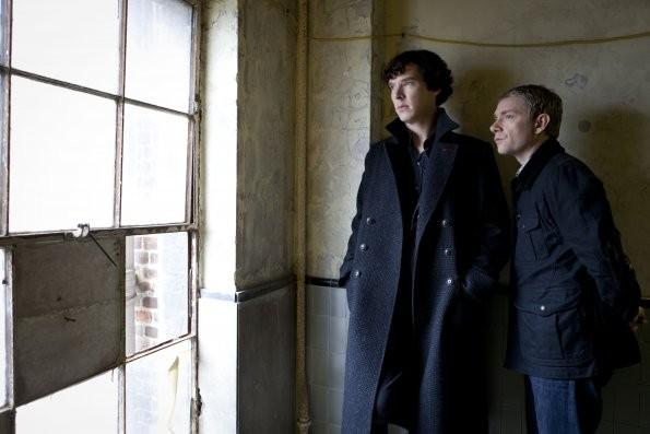 Sherlock: Benedict Cumberbatch e Martin Freeman nell'episodio A Scandal in Belgravia