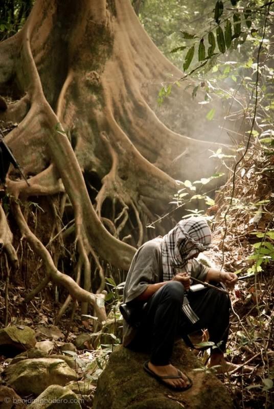 Captive: una suggestiva scena tratta dal dramma di Brillante Mendoza