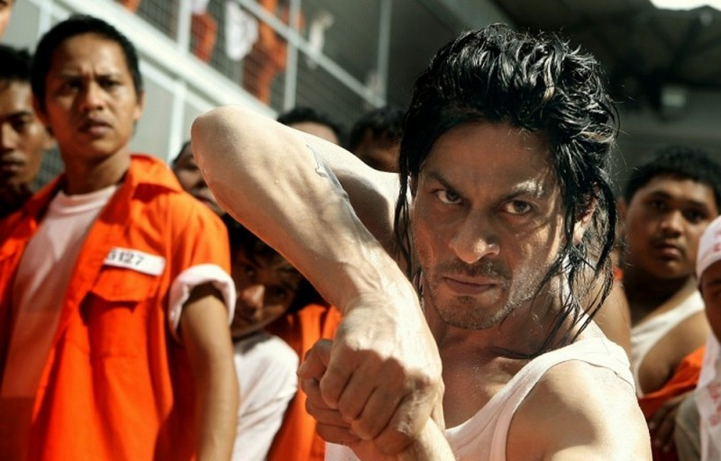 Don - The King is Back: Shahrukh Khan in una scena del film