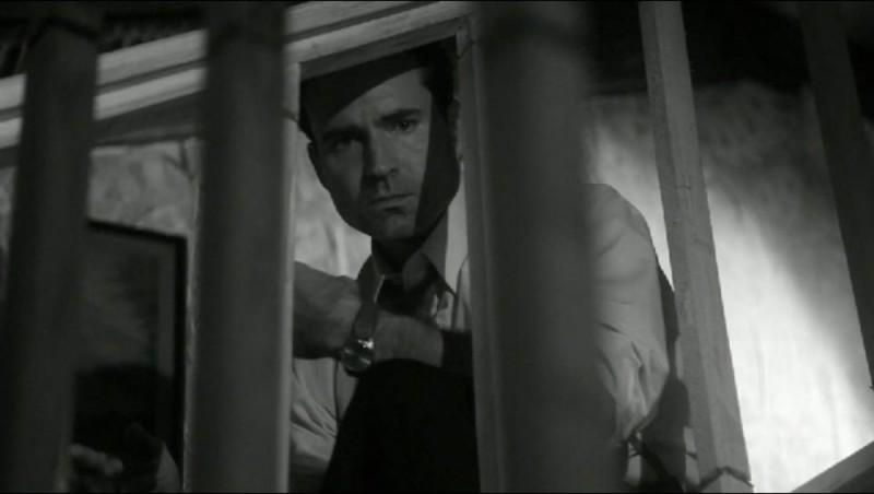 Keyhole: Jason Patric in una scena del film