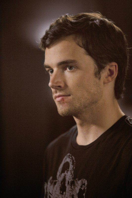 Pretty Little Liars: Ian Harding nell'episodio A Hot Piece of A