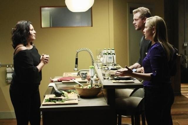 Grey's Anatomy: Jessica Capshaw, Eric Dane e Sara Ramirez nell'episodio Poker Face