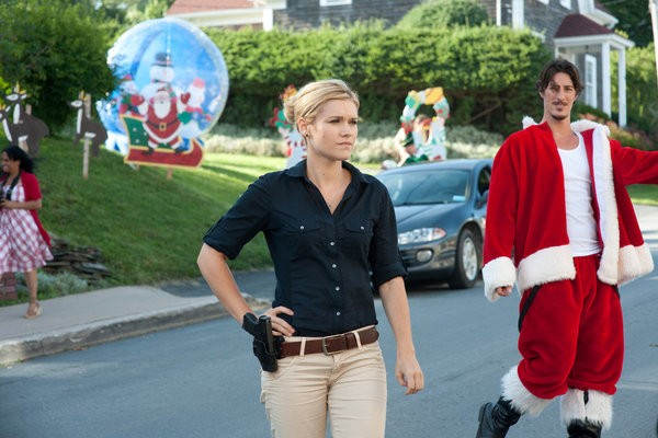Haven: Emily Rose ed Eric Balfour nell'episodio Silent Night