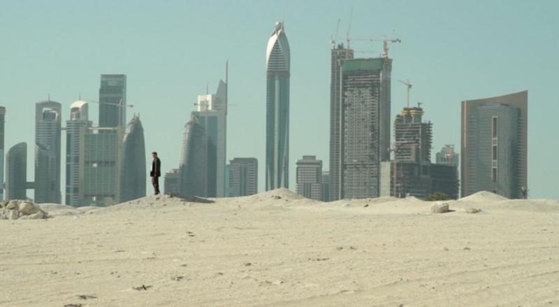 Dubai Flamingo: una scena del film