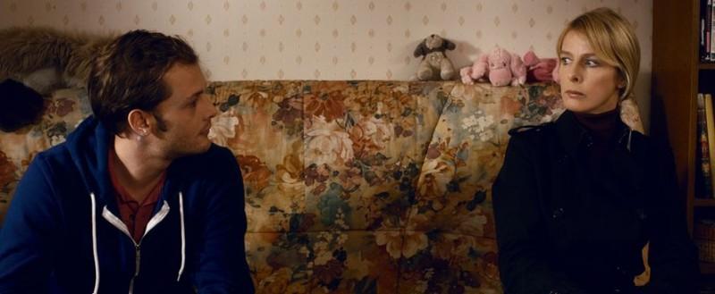 Karin Viard nel film Parlez-moi de vous insieme a Nicolas Duvauchelle