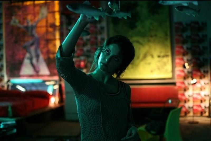 Sleeping Around: Carolina Salvati in una scena tratta dal film