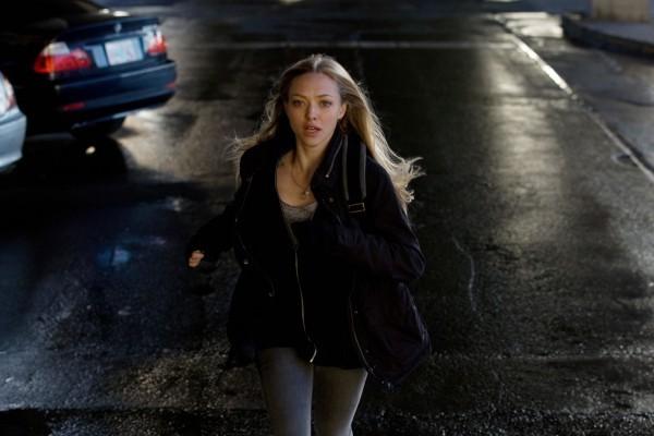 Amanda Seyfried in fuga dal misterioso serial killer di Gone