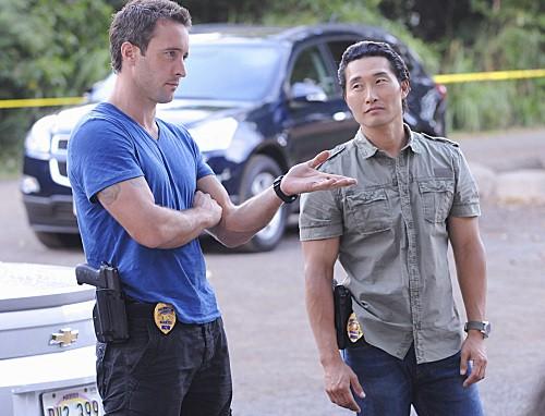 Hawaii Five-0: Alex O'Loughlin e Daniel Dae Kim nell'episodio Ka Iwi Kapu