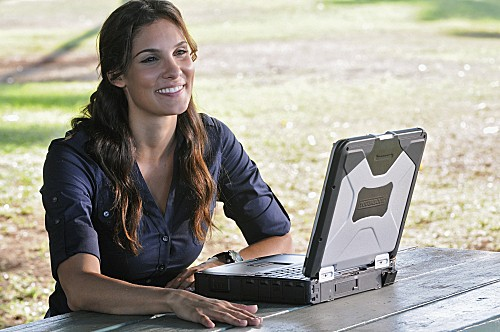 Hawaii Five-0: Daniela Ruah in una scena dell'episodio Ka Hakaka Maikai