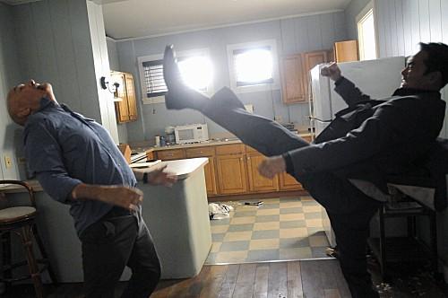 Hawaii Five-0: Terry O'Quinn e Mark Dacascos nell'episodio Ka Hakaka Maikai