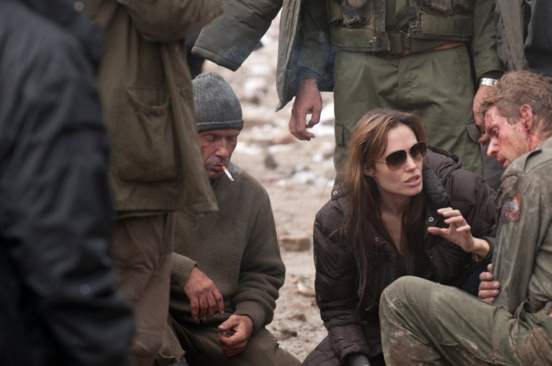 Angelina Jolie sul set del suo debutto alla regia In the Land of Blood and Honey