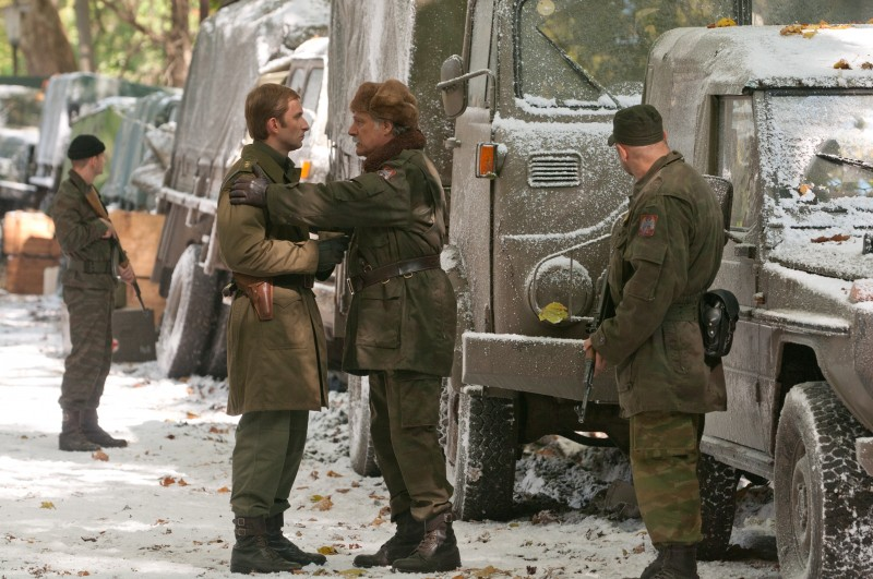 In the Land of Blood and Honey: Goran Kostic insieme a Rade Serbedzija in una scena del film