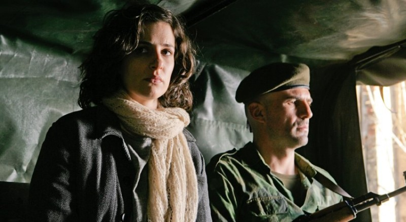 In the Land of Blood and Honey: Zana Marjanovic in una scena del film