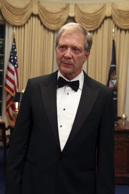 Scandal: Jeff Perry in una scena del pilot