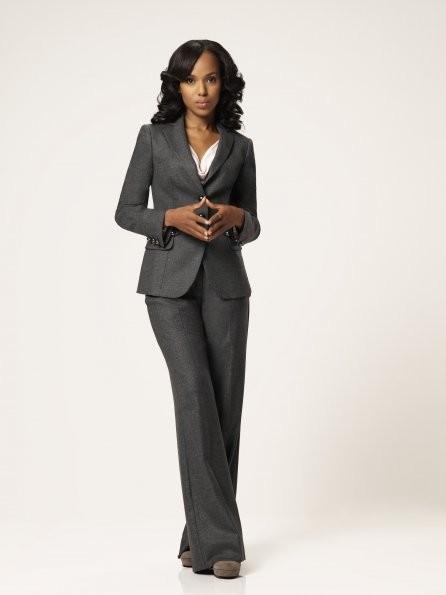 Scandal: Kerry Washington nel ruolo di Olivia Pope in una foto promozionale della serie